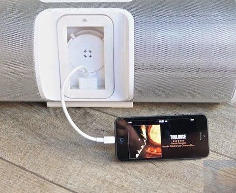 prise en main des adaptateurs lightning vers 30 broches. Black Bedroom Furniture Sets. Home Design Ideas